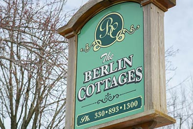 berlin-cottage-sign