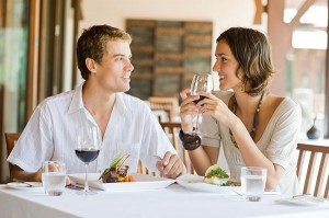 Young-Couple-Dining